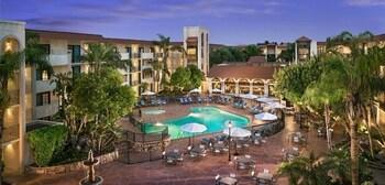Embassy Suites by Hilton Scottsdale Resort - Scottsdale, AZ 85250 - Property Grounds