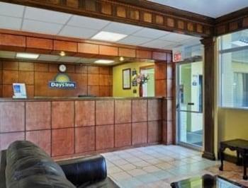 Days Inn Albany Ga - Albany, GA 31701 - Lobby