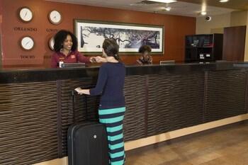 Clarion Inn Lake Buena Vista, a Rosen Hotel - Orlando, FL 32836 - Lobby