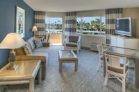 Suite, 1 King Bed with Sofa bed, Bay View
