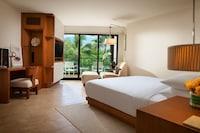 Room, 1 King Bed (Mauka View)