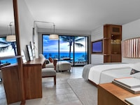Andaz, 1 King Bed, Ocean View
