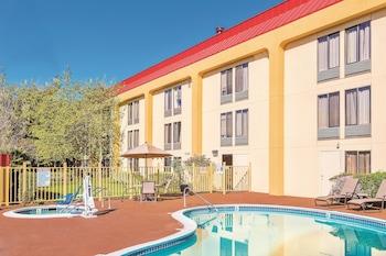 La Quinta Inn Oakland Airport/Coliseum - Oakland, CA 94621 - Pool