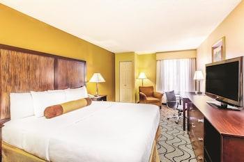 La Quinta Inn Oakland Airport/Coliseum - Oakland, CA 94621 - Guestroom