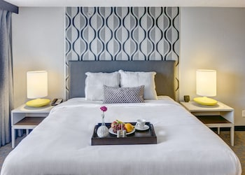 The Executive Hotel at City Center - Fort Smith, AR 72901
