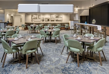 The Executive Hotel at City Center - Fort Smith, AR 72901 - Dining