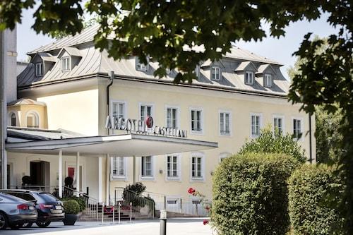 阿克泰爾卡斯特拉尼薩爾斯堡飯店
