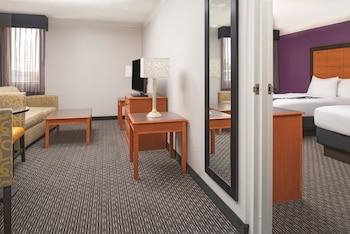 La Quinta Inn & Suites Tacoma Seattle, Tacoma, Washington, United States
