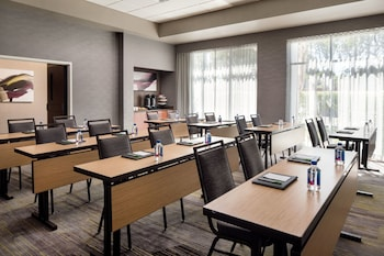 Courtyard by Marriott Richmond/Berkeley