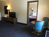 Room, 1 King Bed, Non Smoking (Executive Suite)