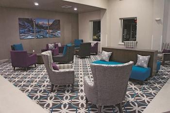 La Quinta Inn Fort Collins - Fort Collins, CO 80524 - Lobby