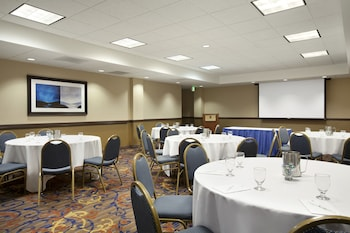 Embassy Suites Santa Clara - Silicon Valley/Great America