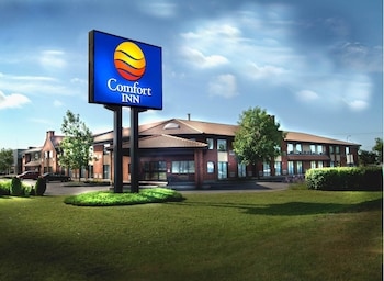 Top Hotel Brands Near Arena Jerome Cotnoir In Trois Rivieres Ouest