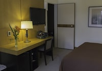 Family Quadruple Room, 1 Double or 2 Twin Beds