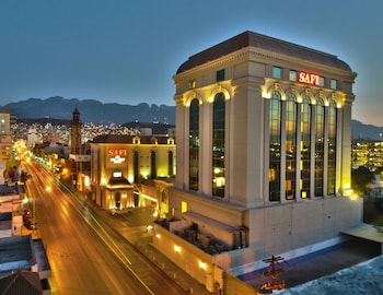 HotelSafi Royal Luxury Towers