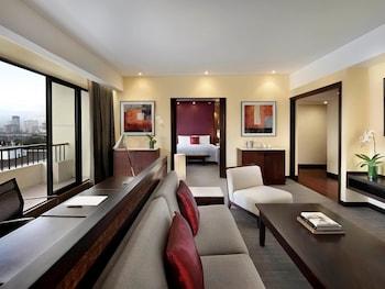 Sofitel Philippine Plaza Manila Guestroom