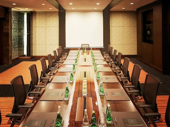 Sofitel Philippine Plaza Manila Meeting Facility