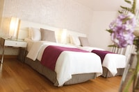 Standard Twin Room, 2 Double Beds