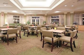 La Quinta Inn & Suites Denver Southwest Lakewood - Lakewood, CO 80227 - Lobby