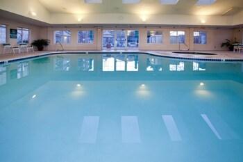 La Quinta Inn & Suites Denver Airport DIA - Denver, CO 80249 - Pool