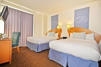 Hotel Metropolis - San Francisco, CA 94102 - Guestroom