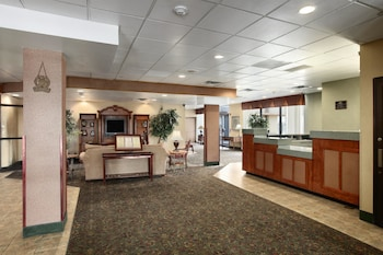 Ramada Plaza Denver Central - Denver, CO 80216 - Lobby