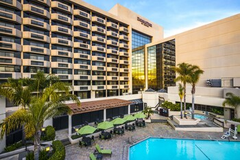 Doubletree By Hilton San Jose 2 9 Miles From Sap Center
