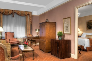 Hotel Elysee by Library Hotel Collection