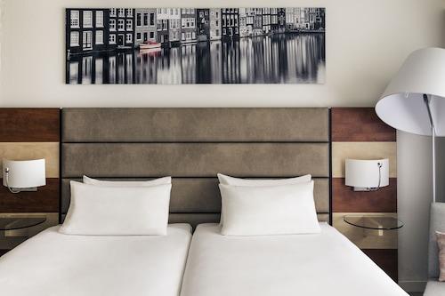 阿姆斯特丹機場美居飯店