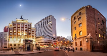Meliá Madrid Princesa 0 4 Miles From Plaza De Espana
