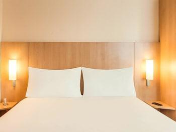 Hotel Ibis Paris Porte De Bagnolet thumb-3