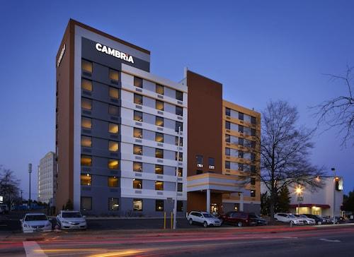 杜倫坎布利亞套房飯店 - 杜克大學附近