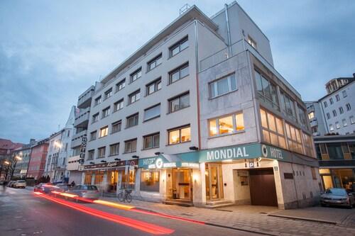 蒙帝亞爾中心飯店