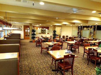 Piccadilly Inn Airport