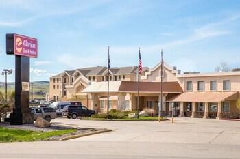 Clarion Inn Suites