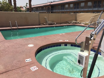 Days Inn Yuma Az - Yuma, AZ 85365 - Pool