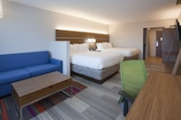 Suite, Multiple Beds (Two Queen Beds, Sofabed)