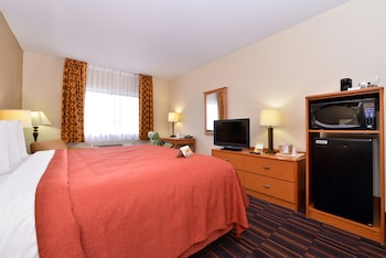 Quality Inn - Coralville, IA 52241 - Guestroom