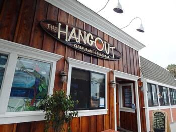 Pacific Inn - Seal Beach, CA 90740 - Restaurant