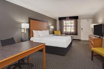 La Quinta Inn Gainesville - Gainesville, FL 32605 - Guestroom