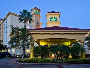 La Quinta Inn Suites Orlando I Drive Conv Center