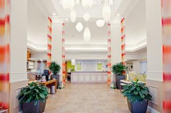 Hilton Garden Inn Folsom - Folsom, CA 95630 - Lobby
