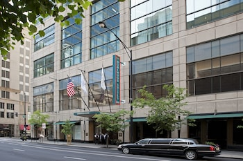 芝加哥市中心希爾頓惠庭套房飯店