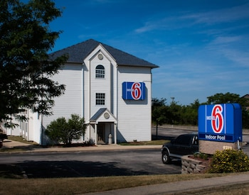 Motel 6 Streetsboro Oh 11 9 Miles From Cuyahoga Valley