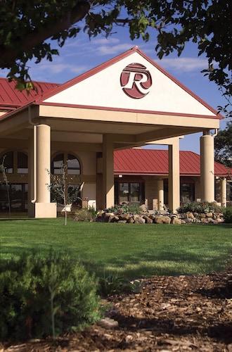 瑞摩卡塔西佳飯店