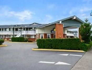 Days Inn Auburn photo