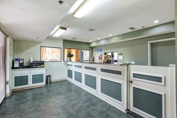 Buena Vista Inn. 0.2 Miles From Dorado Senior Apartments