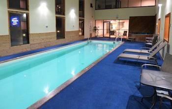 Pecosa Inn - Monte Vista, CO 81144 - Indoor Pool