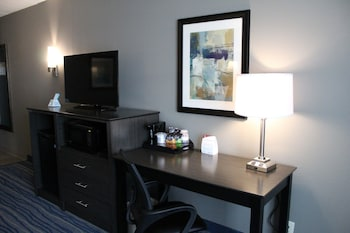 Best Western Bowling Green - Bowling Green, KY 42104 - Guestroom