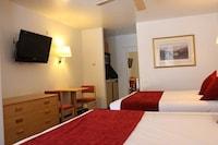 Standard Room, Kitchenette, Pool View